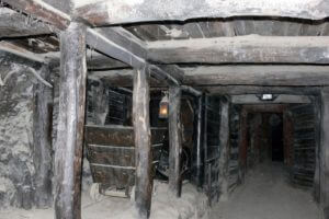 Minenschacht