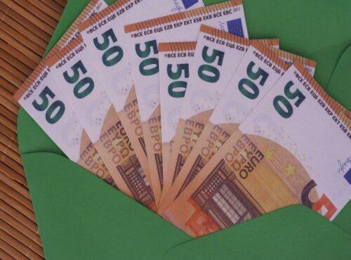 geld im Kuvert